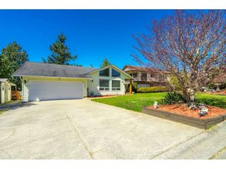 Main Photo: 2043 FILUK Place in Abbotsford: Abbotsford East House for sale : MLS®# R2566448