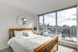 "Photo 11: 1709 1068 HORNBY Street in Vancouver: Downtown VW Condo for sale in ""THE CANADIAN"" (Vancouver West)  : MLS®# R2552411"