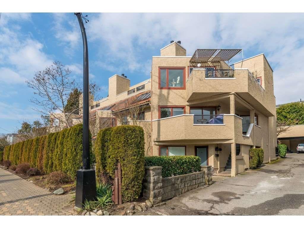 "Main Photo: 12 15971 MARINE Drive: White Rock Condo for sale in ""Mariner Estates"" (South Surrey White Rock)  : MLS®# R2489570"