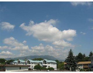 "Photo 2: 302 2055 SUFFOLK Avenue in Port_Coquitlam: Glenwood PQ Condo for sale in ""SUFFOLK MANOR"" (Port Coquitlam)  : MLS®# V722000"