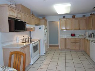 """Photo 2: 311 1150 LYNN VALLEY Road in North Vancouver: Lynn Valley Condo for sale in """"The Laurels"""" : MLS®# R2216205"""