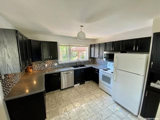 Photo 7: 701 20th Avenue East in Regina: Douglas Place Residential for sale : MLS®# SK858654