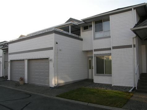 Main Photo: 104 13895 102nd Avenue in Surrey: Home for sale : MLS®# F1128836