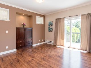 """Photo 6: 76 19932 70 Avenue in Langley: Willoughby Heights Townhouse for sale in """"Summerwood"""" : MLS®# R2380626"""