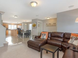 Photo 4: 649 EVERMEADOW Road SW in Calgary: Evergreen Detached for sale : MLS®# C4219450
