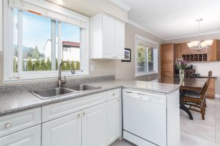 """Photo 9: 3207 VALDEZ Court in Coquitlam: New Horizons House for sale in """"NEW HORIZONS"""" : MLS®# R2416763"""