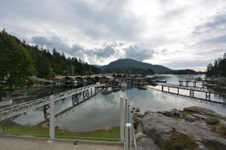 Photo 10: 4760 SINCLAIR BAY Road in Garden Bay: Pender Harbour Egmont House for sale (Sunshine Coast)  : MLS®# R2532705