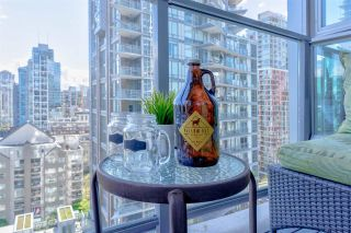 "Photo 26: 1402 1252 HORNBY Street in Vancouver: Downtown VW Condo for sale in ""PURE"" (Vancouver West)  : MLS®# R2575671"