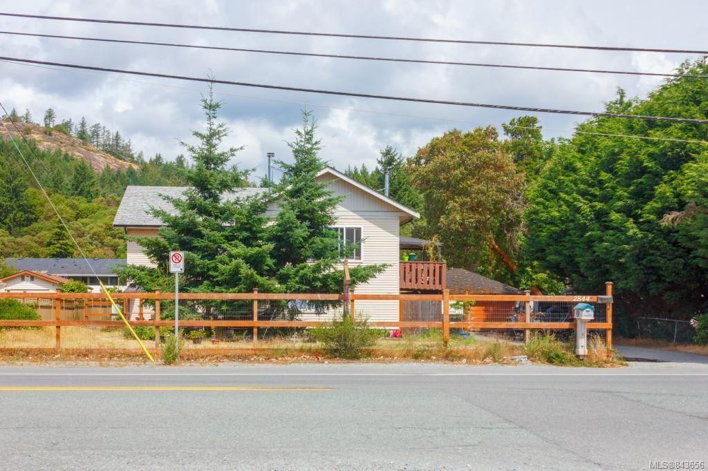 Main Photo: 2844 Sooke Rd in Langford: La Glen Lake House for sale : MLS®# 843656