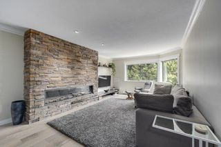 """Photo 4: 2G 1400 GEORGE Street: White Rock Condo for sale in """"GEORGIAN PLACE"""" (South Surrey White Rock)  : MLS®# R2621724"""