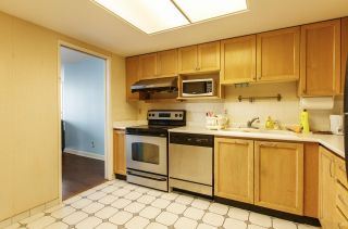 """Photo 6: 1005 4350 BERESFORD Street in Burnaby: Metrotown Condo for sale in """"Carlton on the Park"""" (Burnaby South)  : MLS®# R2226069"""