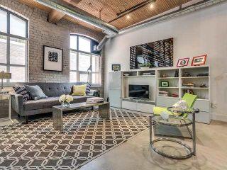 Photo 3: 513 68 Broadview Avenue in Toronto: South Riverdale Condo for sale (Toronto E01)  : MLS®# E3789611