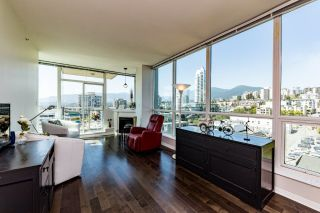"""Photo 3: 1107 138 E ESPLANADE in North Vancouver: Lower Lonsdale Condo for sale in """"PREMIERE AT THE PIER"""" : MLS®# R2602280"""