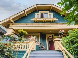 Photo 2: 3140 W 3RD Avenue in Vancouver: Kitsilano House for sale (Vancouver West)  : MLS®# R2602425
