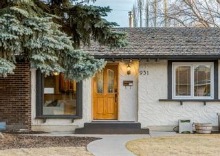 Photo 2: 931 PARKWOOD Drive SE in Calgary: Parkland Detached for sale : MLS®# A1097878