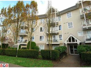 Photo 2: 215 8110 120A STREET in Surrey: Queen Mary Park Surrey Condo for sale : MLS®# R2119937