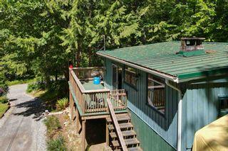 Photo 3: 5741 NAYLOR Road in Sechelt: Sechelt District House for sale (Sunshine Coast)  : MLS®# R2594105
