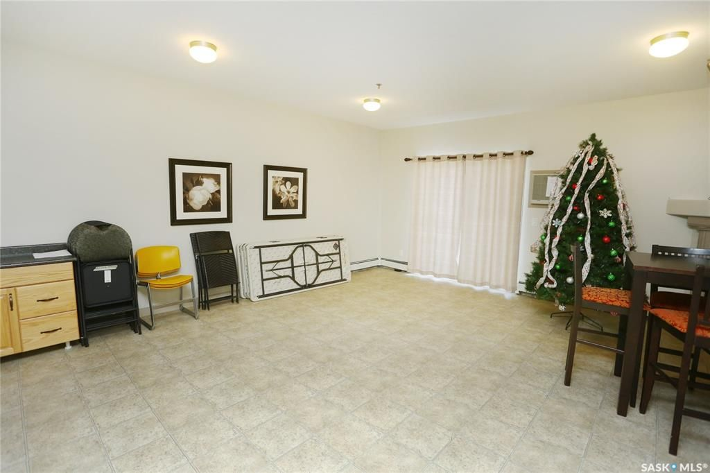Photo 32: Photos: 204 302 Nelson Road in Saskatoon: University Heights Residential for sale : MLS®# SK800364