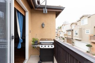 Photo 11: SANTEE Townhouse for sale : 3 bedrooms : 9935 Leavesly Trl