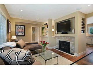 Photo 3: 125 W KINGS Road in North Vancouver: Upper Lonsdale House for sale : MLS®# V992772
