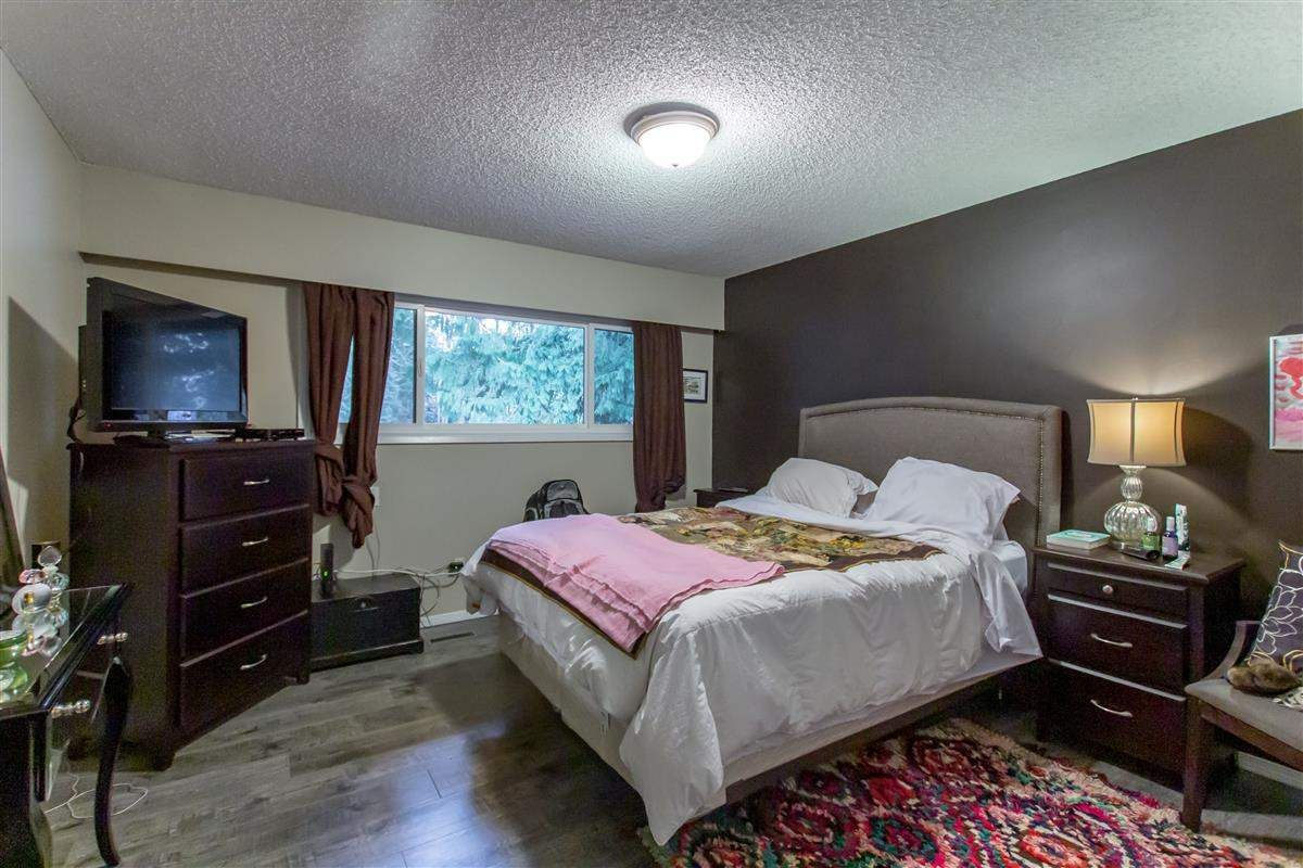 """Photo 9: Photos: 8918 CENTAURUS Circle in Burnaby: Simon Fraser Hills Townhouse for sale in """"Simon Fraser Hills"""" (Burnaby North)  : MLS®# R2347443"""
