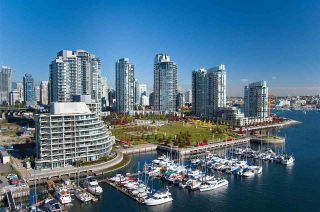 "Photo 38: 802 638 BEACH Crescent in Vancouver: Yaletown Condo for sale in ""ICON"" (Vancouver West)  : MLS®# R2511968"