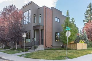 Photo 1: 3703 20 Street SW in Calgary: Altadore Row/Townhouse for sale : MLS®# A1060948