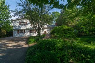 Photo 1: 958 Kelly Drive in Aylesford: 404-Kings County Residential for sale (Annapolis Valley)  : MLS®# 202114318