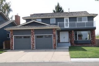 Main Photo: 103 Woodfern Place SW in Calgary: Woodbine Detached for sale : MLS®# A1134058