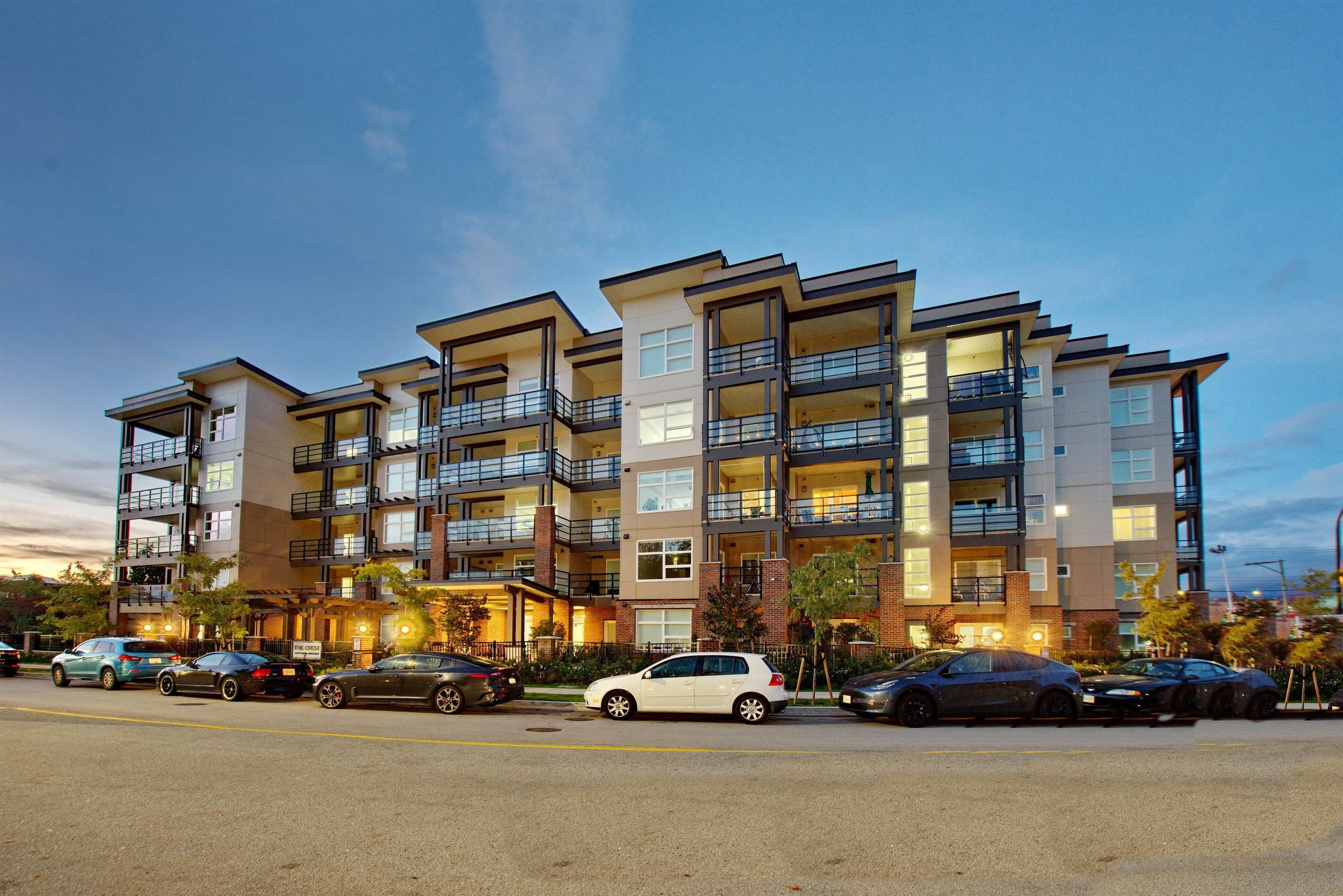 """Main Photo: 108 22577 ROYAL Crescent in Maple Ridge: East Central Condo for sale in """"THE CREST"""" : MLS®# R2625662"""