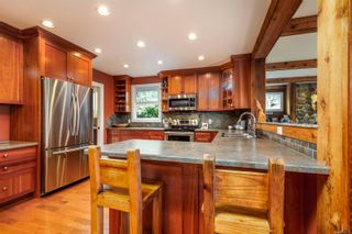 Photo 12: 1137 Nicholson St in : SE Lake Hill House for sale (Saanich East)  : MLS®# 884531