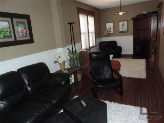 Photo 5: 549 Rathgar Avenue in Winnipeg: Fort Rouge Residential for sale (1Aw)  : MLS®# 1824156