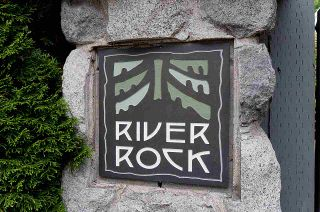 "Photo 22: 4 1071 LYNN VALLEY Road in North Vancouver: Lynn Valley Townhouse for sale in ""River Rock"" : MLS®# R2571893"