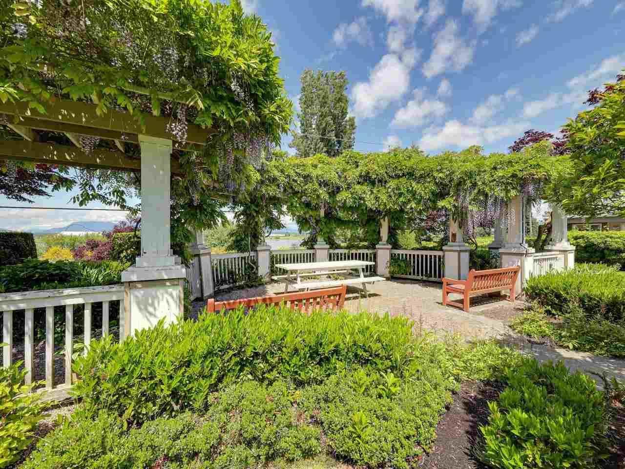 """Main Photo: 348 5888 DOVER Crescent in Richmond: Riverdale RI Condo for sale in """"PELICAN POINTE"""" : MLS®# R2586343"""