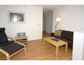 """Photo 21: 2606 1068 HORNBY Street in Vancouver: Downtown VW Condo for sale in """"THE CANADIAN"""" (Vancouver West)  : MLS®# V746249"""