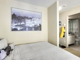 """Photo 17: 2506 501 PACIFIC Street in Vancouver: Downtown VW Condo for sale in """"THE 501"""" (Vancouver West)  : MLS®# R2579990"""