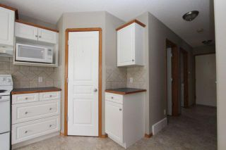 Photo 5: 180 FAIRWAYS Drive NW: Airdrie Residential Detached Single Family for sale : MLS®# C3526868