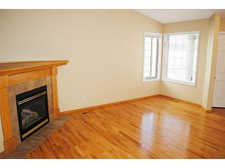 Photo 3: 110 RIVERSIDE Crescent NW: High River Residential Attached for sale : MLS®# C3586695