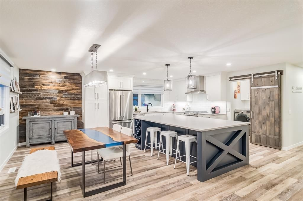 Main Photo: 6303 Thornaby Way NW in Calgary: Thorncliffe Detached for sale : MLS®# A1149401