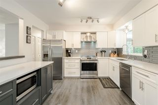 """Photo 8: 11419 75A Avenue in Delta: Scottsdale House for sale in """"CHALMERS PARK"""" (N. Delta)  : MLS®# R2479357"""