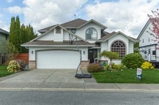 Photo 1: 35443 LETHBRIDGE DRIVE in Abbotsford: Abbotsford East House for sale : MLS®# R2053363