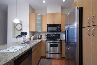 """Photo 6: 404 33485 SOUTH FRASER Way in Abbotsford: Central Abbotsford Condo for sale in """"CITADEL RIDGE"""" : MLS®# R2320305"""