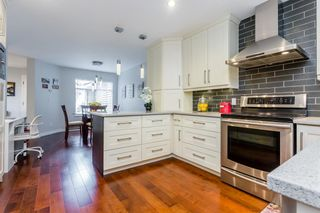 """Photo 7: 70 2500 152 Street in Surrey: King George Corridor Townhouse for sale in """"Peninsula Village"""" (South Surrey White Rock)  : MLS®# R2270791"""