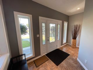 Photo 2: 9103 69 Street NW in Edmonton: Zone 18 House for sale : MLS®# E4254011