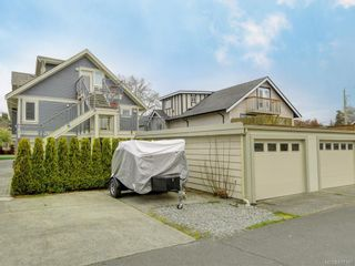 Photo 19: 2 1245 Chapman St in Victoria: Vi Fairfield West Row/Townhouse for sale : MLS®# 837185