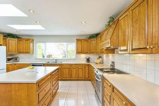 """Photo 7: 16143 12A Avenue in Surrey: King George Corridor House for sale in """"South Meridian"""" (South Surrey White Rock)  : MLS®# R2578905"""