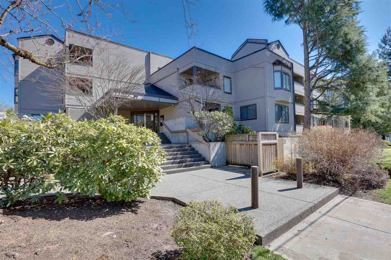 """Main Photo: 305 5224 204 Street in Langley: Langley City Condo for sale in """"SOUTHWYNDE"""" : MLS®# R2582622"""
