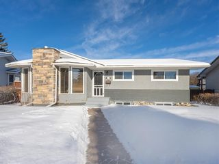 Photo 1: 9727 Austin Road SE in Calgary: Acadia Detached for sale : MLS®# A1071027