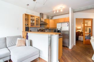 "Photo 5: 206 1216 HOMER Street in Vancouver: Yaletown Condo for sale in ""Murchies Building"" (Vancouver West)  : MLS®# R2291553"