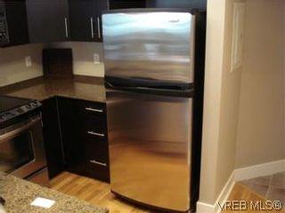 Photo 5: 207 2717 Peatt Rd in VICTORIA: La Langford Proper Condo for sale (Langford)  : MLS®# 495348